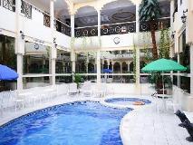 Al Seef Hotel: swimming pool