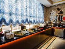 Al Seef Hotel: buffet