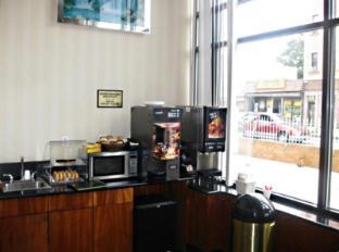 Red Carpet Inn Brooklyn New York (NY) - Coffee Shop/Cafe