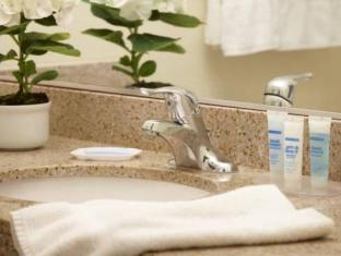 /the-plaza-resort-and-spa/hotel/palm-springs-ca-us.html?asq=jGXBHFvRg5Z51Emf%2fbXG4w%3d%3d