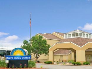 Days Inn & Suites St. Louis/Westport