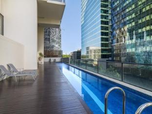 iStay River City Brisbane - Swimming Pool