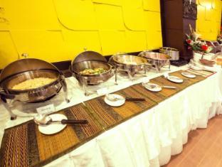 Great Residence Suvarnabhumi Hotel Bangkok - Buffet Line