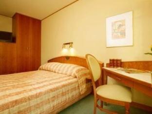 /radisson-blu-sobieski/hotel/warsaw-pl.html?asq=jGXBHFvRg5Z51Emf%2fbXG4w%3d%3d
