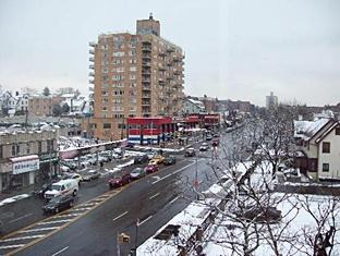 Ramada Queens New York (NY) - Surroundings