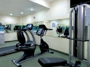 Ramada Queens New York (NY) - Fitness Room