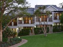 South Africa Hotel Accommodation Cheap | exterior view of luxury rooms