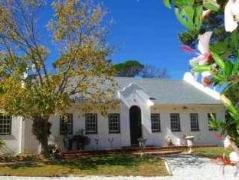 KaapsePracht Bed and Breakfast | Cheap Hotels in Cape Town South Africa