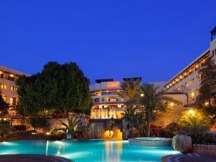 /jordan-valley-marriott-resort-spa/hotel/dead-sea-jo.html?asq=jGXBHFvRg5Z51Emf%2fbXG4w%3d%3d