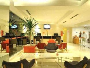 HARRIS Hotel & Residences Riverview Kuta Bali - Facilities