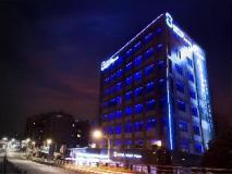 Hotel Eight Zone: