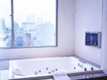 Hotel Eight Zone: bathroom