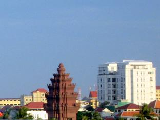 Aqua Boutique Guesthouse Phnom Penh - South East View