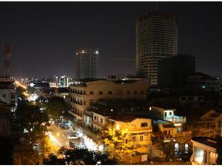 Aqua Boutique Guesthouse Phnom Penh - Southern View Night