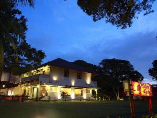 โรงแรมไรเดอร์ส ลอดจ์