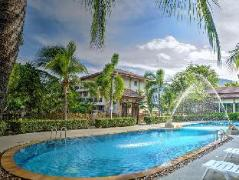 Whispering Palms Suite | Thailand Budget Hotels