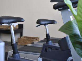 Almond Hotel Phnom Penh - Gym Equipment