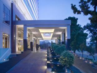 JW Marriott Medan Medan - Hotel Entrace