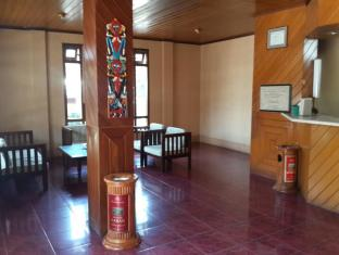 Bukit Senggigi Hotel Lombok - Lobi
