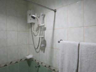 卡萨尼卡路萨酒店 马尼拉 - 卫浴间