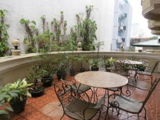 卡萨尼卡路萨酒店 马尼拉 - 阳台/露台