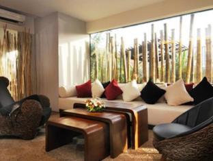 Bamboo House Phuket Hotel Пхукет - Інтер'єр готелю