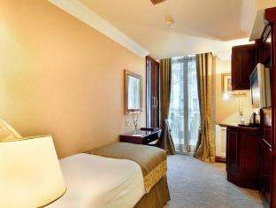 Shaftesbury Hyde Park International Hotel London - Guest Room