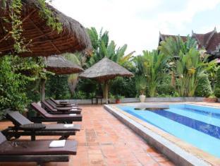 Angkor Spirit Palace Hotel Siem Reap - Swimming Pool