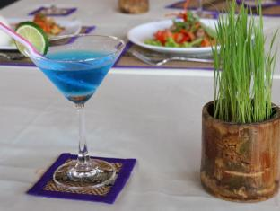 Angkor Spirit Palace Hotel Siem Reap - Food and drink
