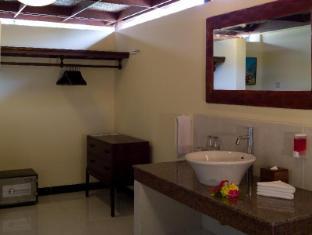 Rumah Bali Bed & Breakfast Bali - Bathroom
