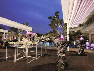 Park Hotel Clarke Quay Singapore - Cocktail Set Up