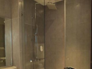 芭东海酒店 普吉岛 - 卫浴间
