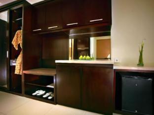 Aston Kuta Hotel and Residence Bali - Deluxe Room Amenities