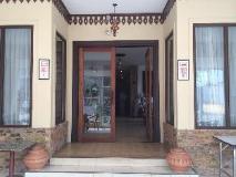 Avalon Hotel: entrance