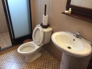 Avalon Hotel Vientiane - Bathroom