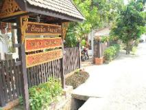 Villa Chitdara: entrance