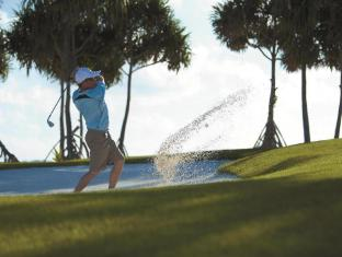 Shangri-La's Villingili Resort & Spa Maldives Islands - Golf Course