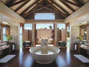 Shangri-La's Villingili Resort & Spa Maldives Islands - Bathroom