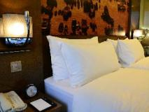 Harbour Grand Hong Kong Hotel: guest room