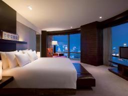 hotelski apartma s pogledom na reko Bund