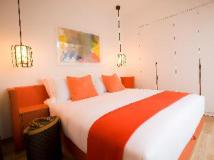CHI Residences 279: