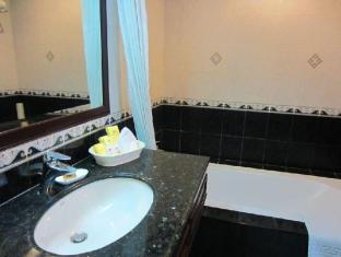 Herald Suites Solana Hotel Manila - Superior - Bathroom