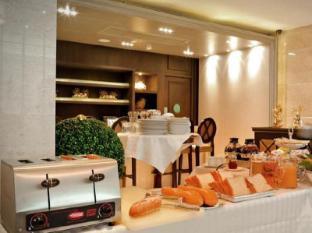 Gulliver's Tavern Hotel Bangkok - Essen und Erfrischungen