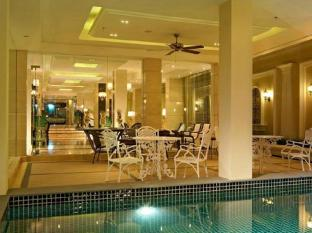 Gulliver's Tavern Hotel Bangkok - Schwimmbad