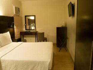 Pearl Lane Hotel Manila - Deluxe King