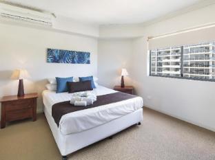 Scarborough Beach Resort Brisbane - 3-Bedroom Apartment