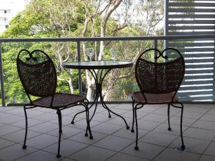 Scarborough Beach Resort Brisbane - Studio with Balcony