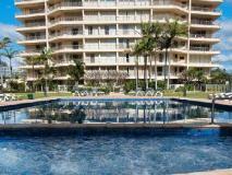 Contessa Holiday Apartments: exterior
