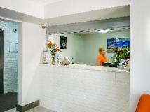 Surfers Beachside Holiday Apartments: reception