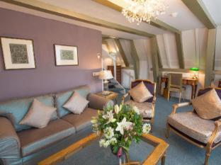 Ambassade Hotel Amsterdam - Superior Duplex room living room